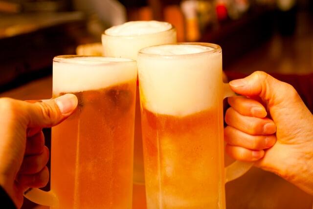 飲み会のビール